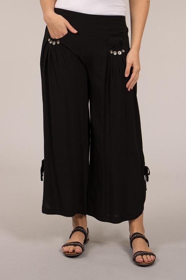 Button Crop Pants